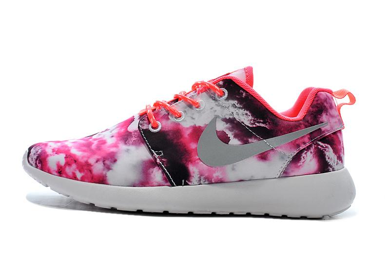 promo code ec08a 085fa Vente Chaude Nike Roshe Run Femme Fleur En Ligne Jing466